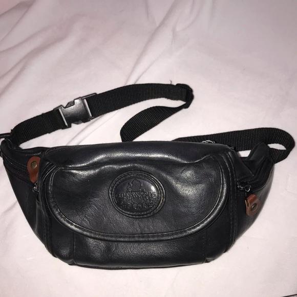 Vintage 1990s Pleather Black Pocket Cedarwoods Fanny Pack